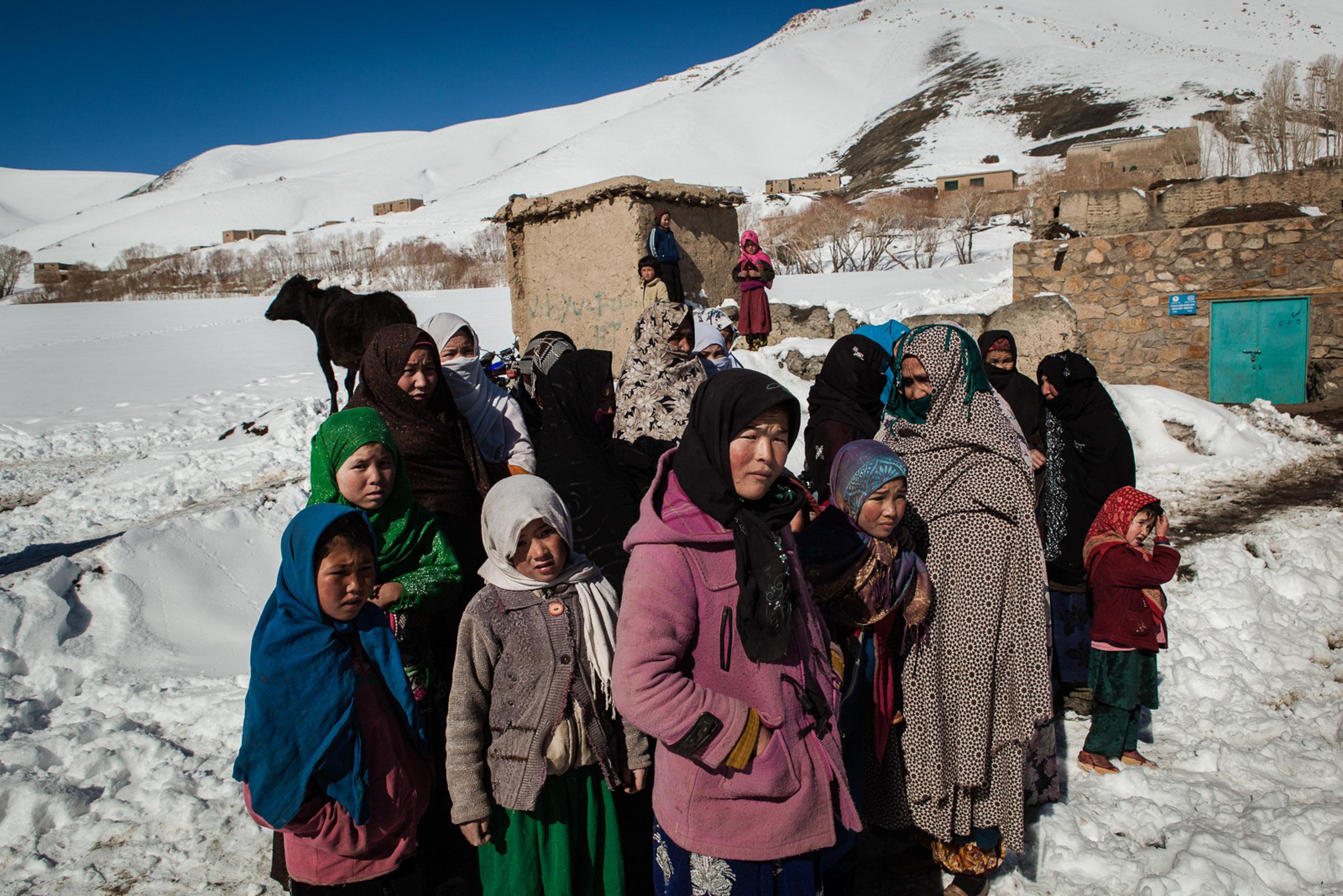 Koh-e-baba, province de Bamiyan, 1er Mars 2013. arrivée dans le village du départ de l'afghan ski challenge.   Koh-e-Baba, Bamiyan Province, March 1, 2013. Arriving in the village of the Afghan ski challenge.