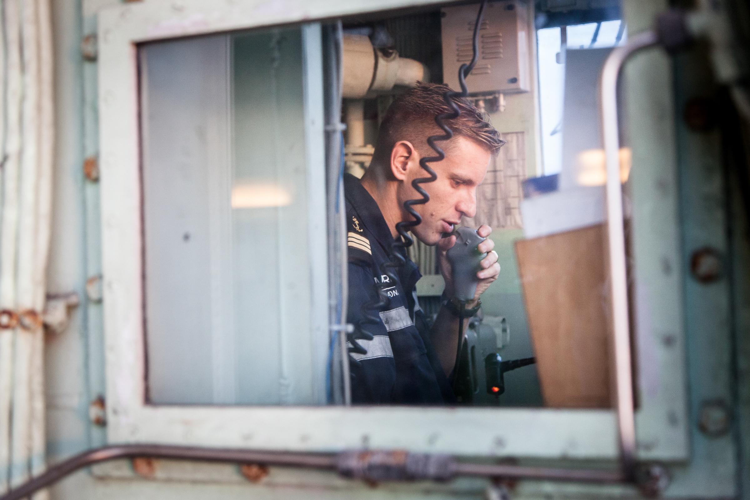 """Mer méditerrannée, 03.12.2015. Axel, commissaire de bord de la frégate anti-aérienne le """"Jean Bart""""."""