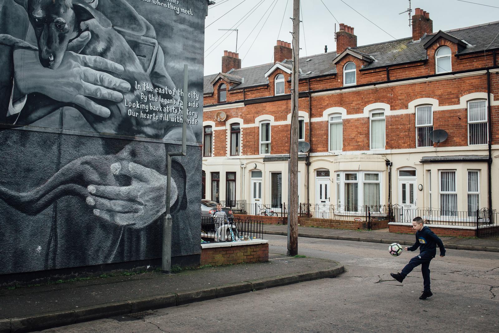 """Belfast, le 2 Mars 2017. Enclave catholique de East Belfast, particulièrement visée pendant les """"troubles""""."""